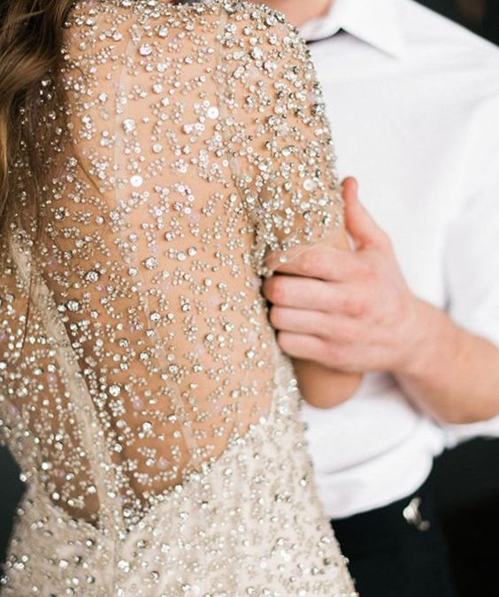 Here's How to Pull Off a Perfect New Year's Eve Elopement (or Small Wedding)