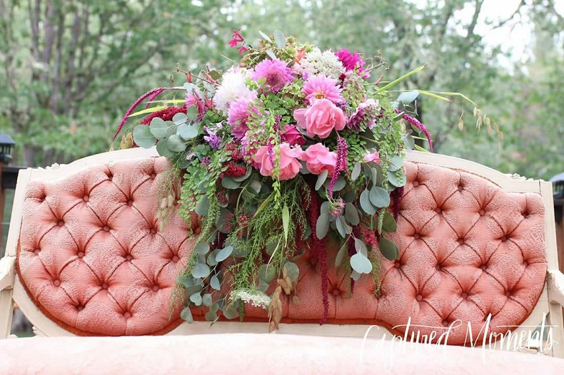 Moments: Wedding, Event and Vintage Rentals