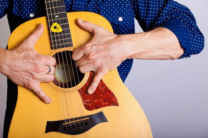 Jeff Kloetzel (Guitarist & Vocals)